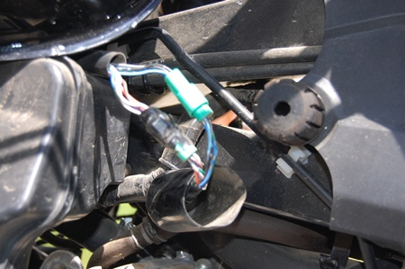Photos of the valve adjustment procedure.